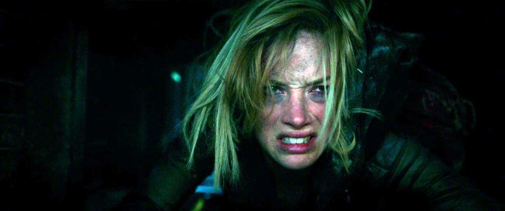 Don't Breathe's Jane Levy Crawling Through an Air Shaft